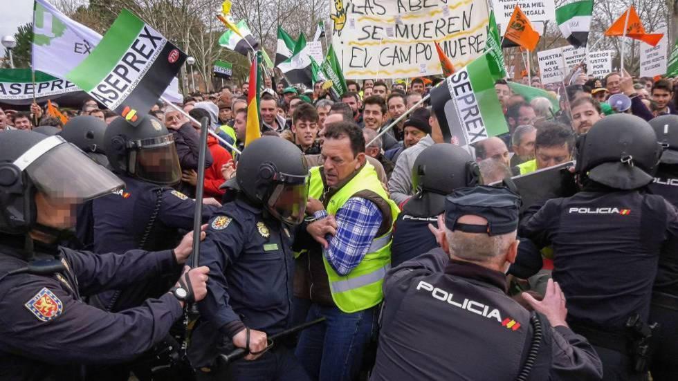 Un sindicalismo de mierda y una agricultura española liquidada