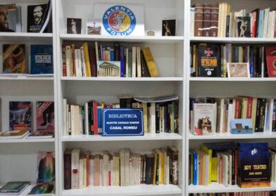 Biblioteca aniversario Valentia Forum y Casal Romeu